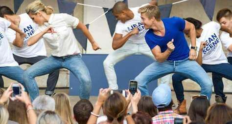 Sears Flash Mob by BookAFlashMob.com featuring Derek Hough of Dancing with the Stars